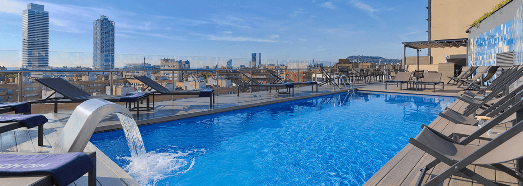Hotel H10 Barcelona - rooftop pool